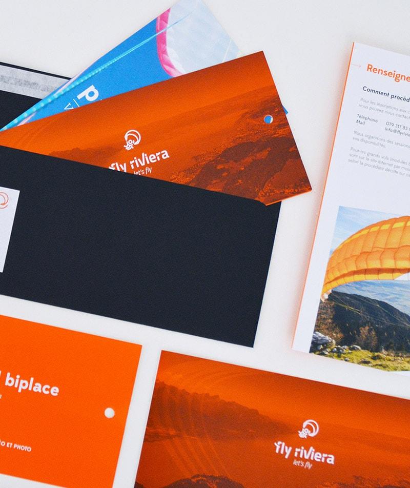 identité visuelle flyriviera bon cadeau flyer dépliant enveloppes design